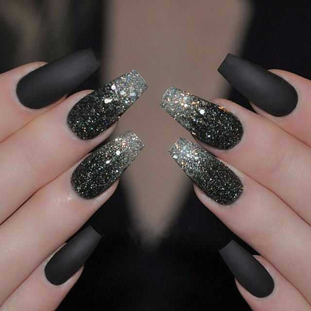 GLAMOROUS GEL BLACK AND MATTE NAIL POLISH