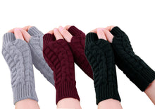 Load image into Gallery viewer, KNITTED GLOVES