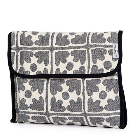 Bloom Wash Bag Black