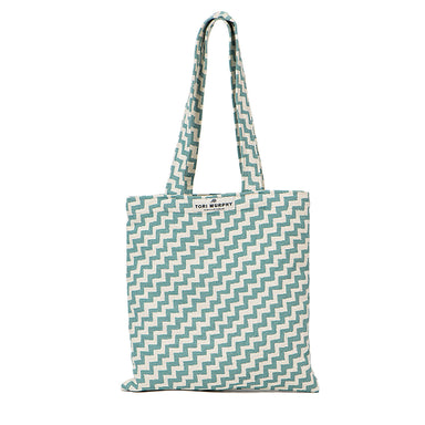 Climbing Chevy Tote Bag in Forget Me Not