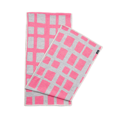 Kensal Check Reversible Merino Wool Scarf Hot Pink & Grey | Tori Murphy