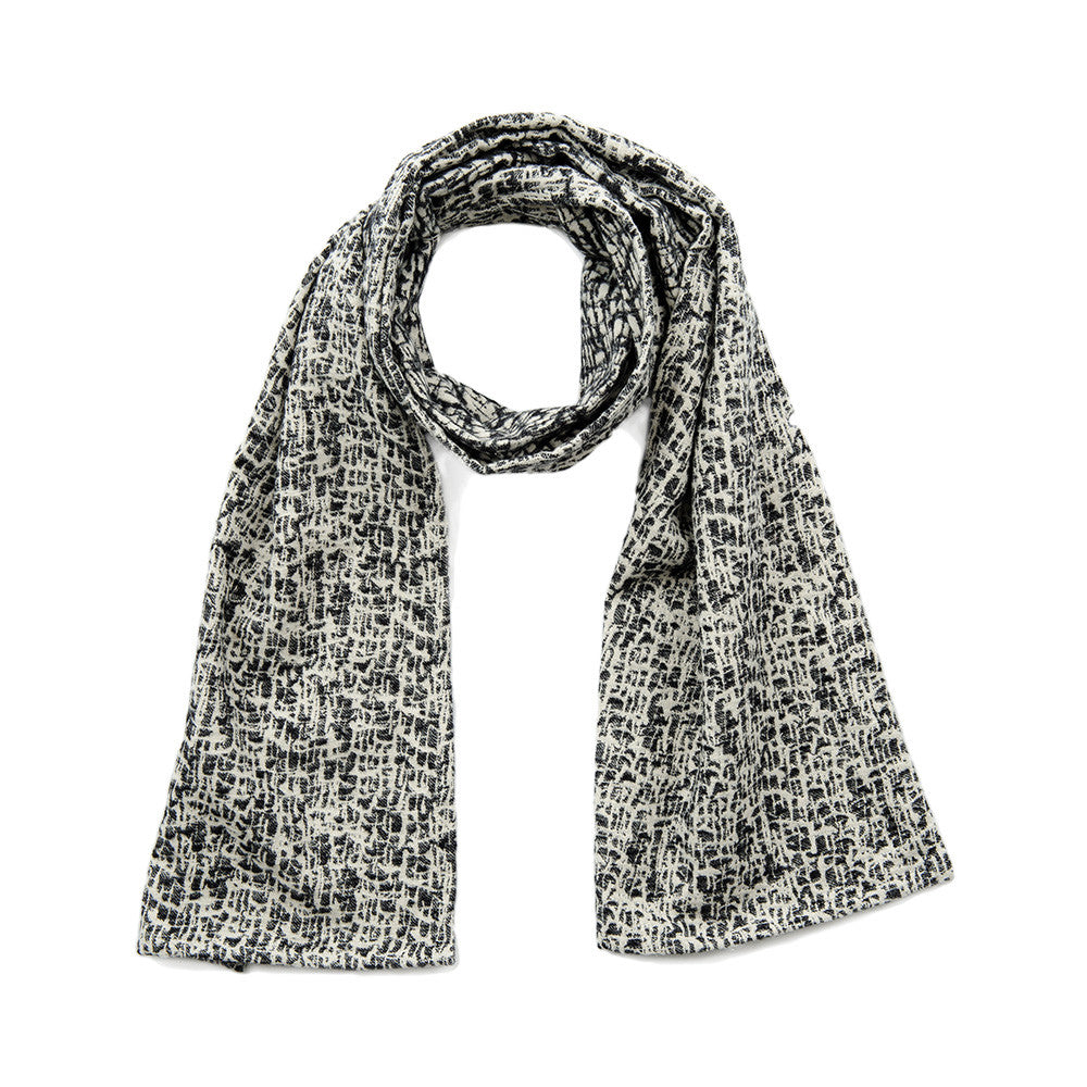 Boulder Brushed Cotton Scarf Black and Ecru | Tori Murphy