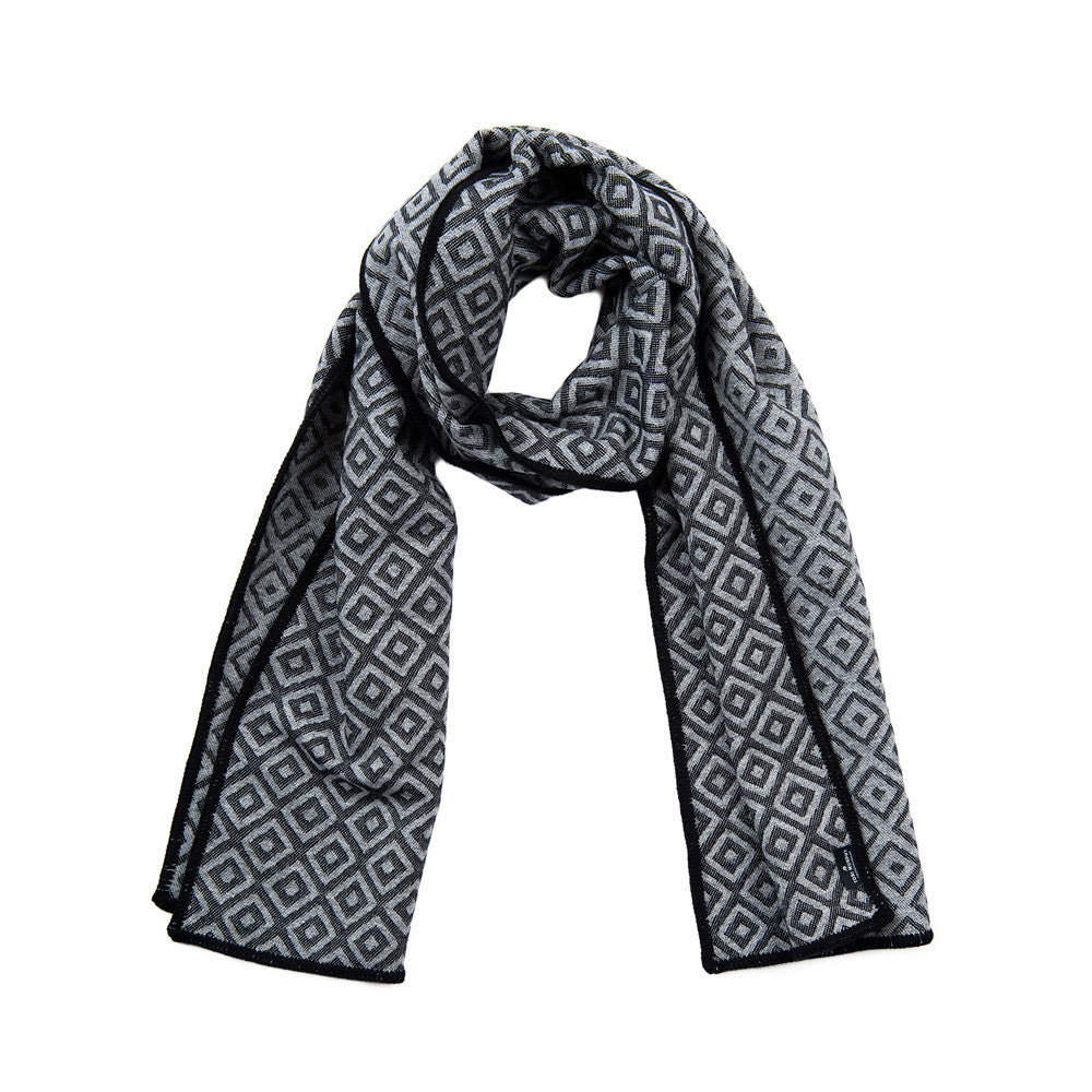 Broadway Reversible Merino Wool Scarf Black & Grey | Tori Murphy