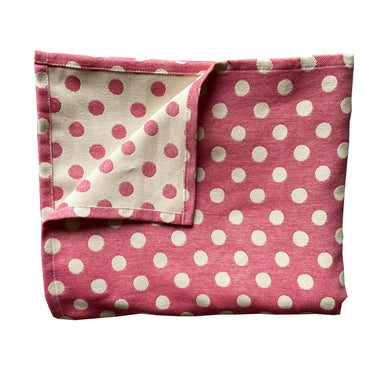 Dotty Spot Table Cloth Radish