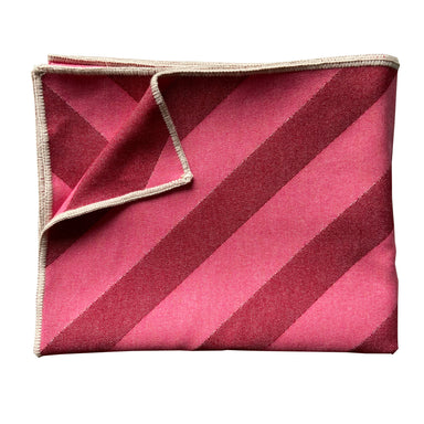 Totto Stripe Throw Red & Pink