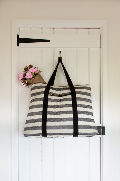 Fastnet Stripe Weekend Bag in Black