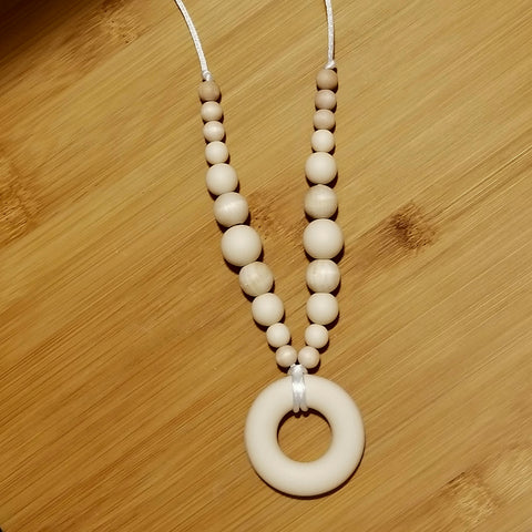 Maple & Silicone Nursing/Teething Necklace