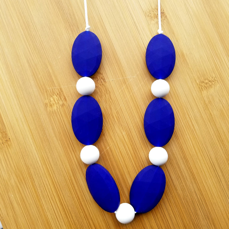 Silicone Nursing/Teething Necklace
