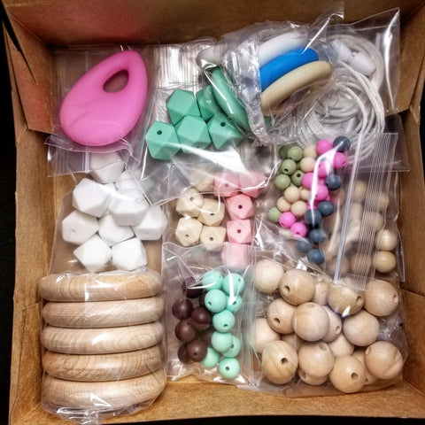 diy homemade nursing teething necklace kit with silicone and wooden beads usa american