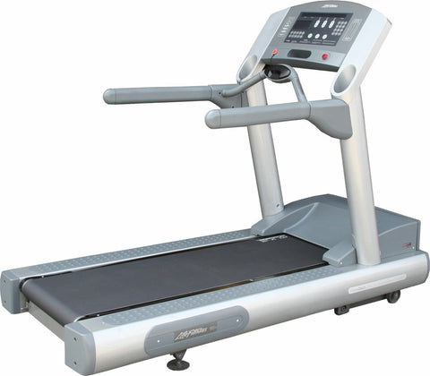 Life Fitness 95Ti Treadmill Refurbished / Remanufactured Commercial Treadmill (FREE SHIPPING)