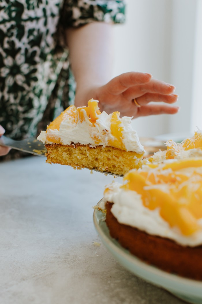 vanilla cake with mango and coconut