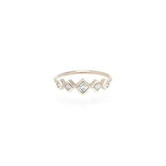 14k graduated princess diamond ring