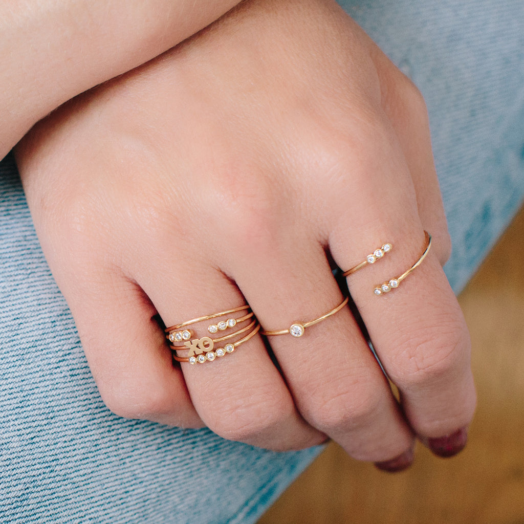 Zoë Chicco 14kt Yellow Gold Itty Bitty XO Ring