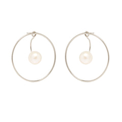 Zoë Chicco 14kt White Gold Large Circle Earrings With Floating Pearl Stud Charms