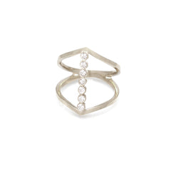 14k pointed bezel bar ring