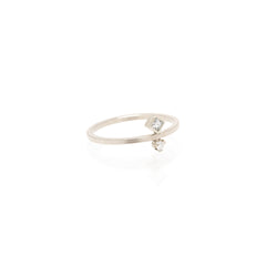 14k vertical princess and prong diamond ring