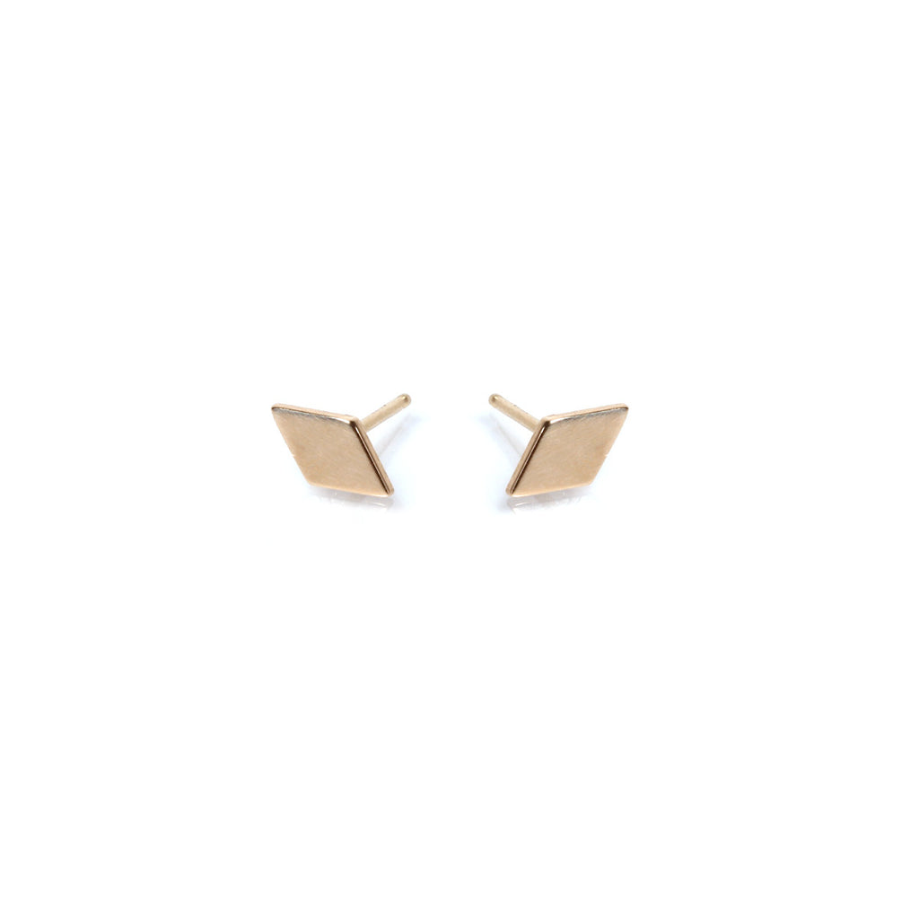 14k diamond shaped studs