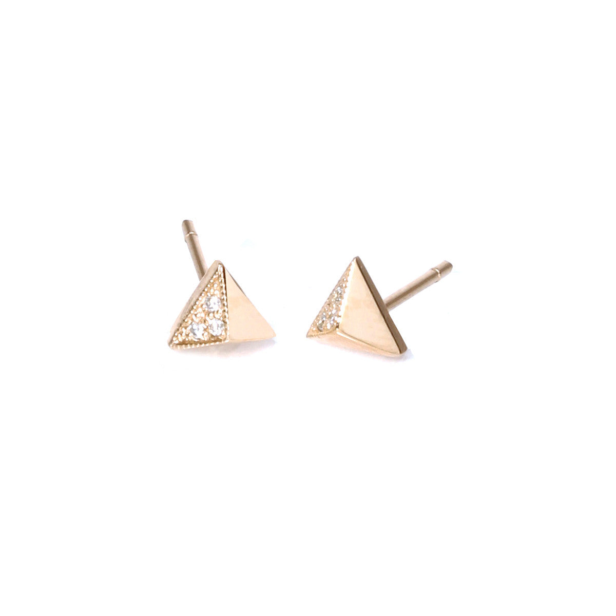 pyramid earrings stud