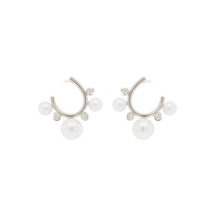 14k graduated pearl and prong set diamond front to back circle hoops