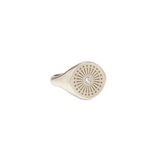 14k Sunbeam Engraved Signet Ring