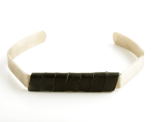 Pentagon Antique-Black Cuff