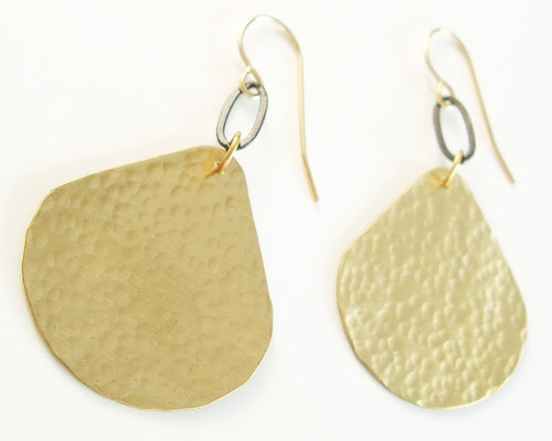 Sensu Earrings in Gold