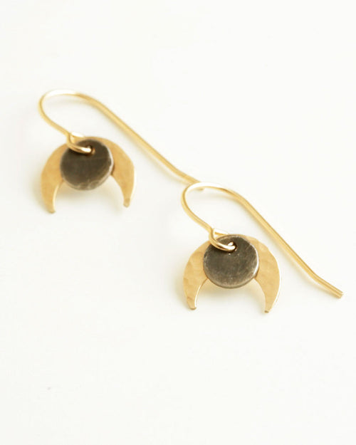 Claw Gold Earrings