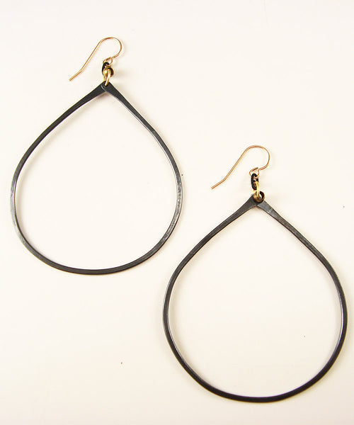 Savanna Black Earrings