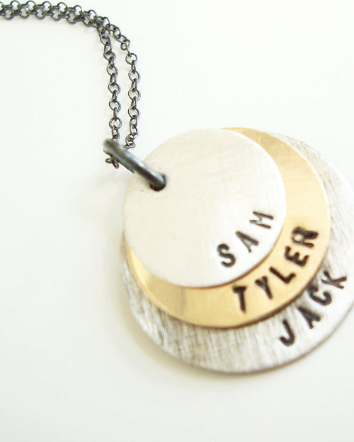 Three Names Discs Mixed Necklace