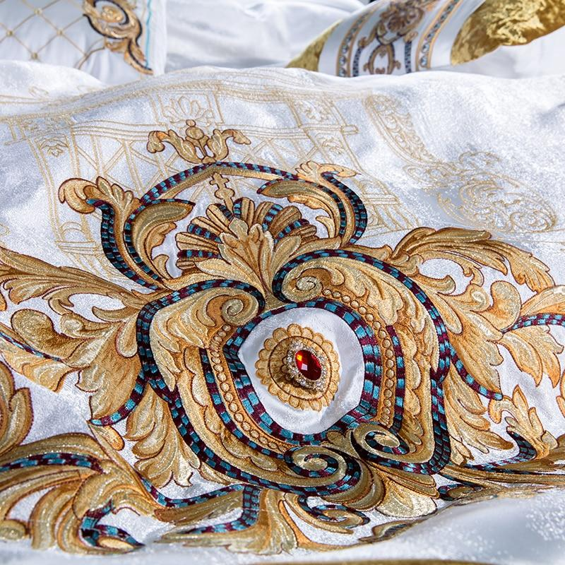 Luxury Bedding White 10 Pieces Set With Embroidery