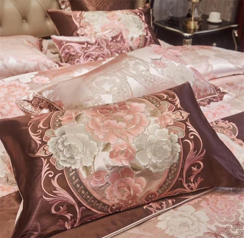 Oriental Toile Bedding Set with 10 Pieces for Sale