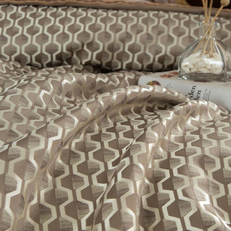 10 Pieces Luxury Gold Bedding Set on DISCOUNT