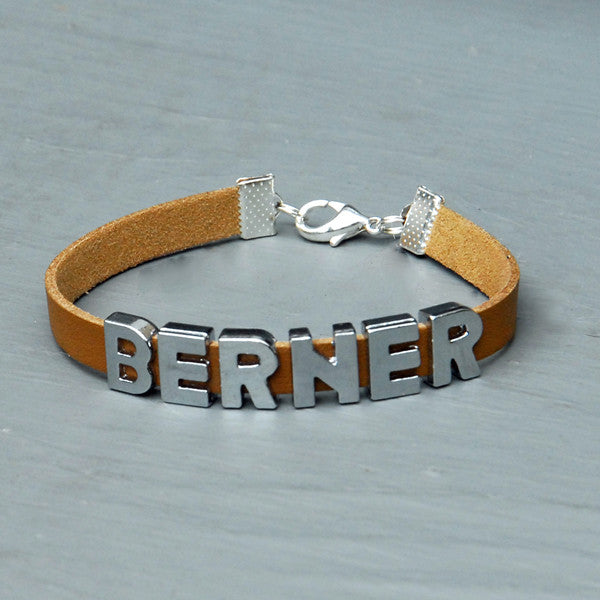 BERNER charm/friendship bracelet - 7 inches