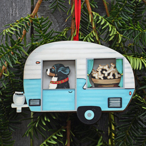 Retro Trailer with Bernese Ornament