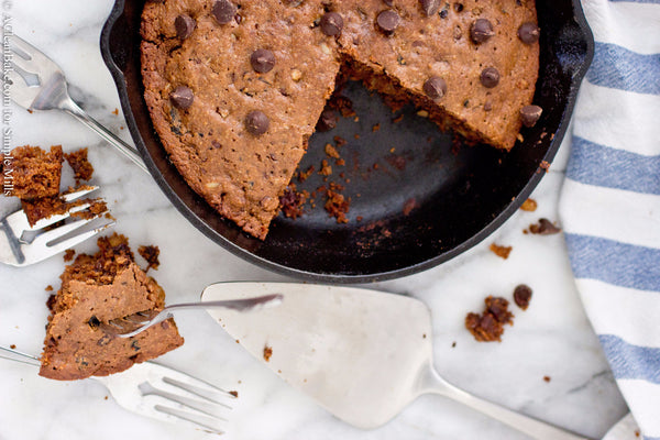 Brown Butter Cherry Walnut Chocolate Chip Cookie Pie – Simple Mills