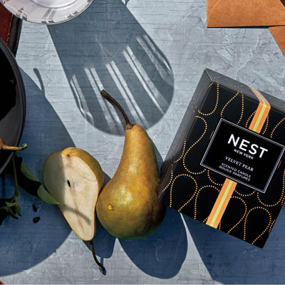 Nest Fragrances Classic Candle in Velvet Pear