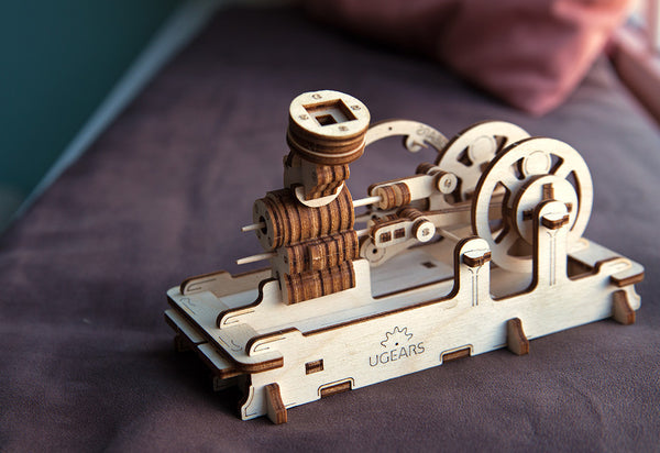 UGEARS Pneumatic Engine Model