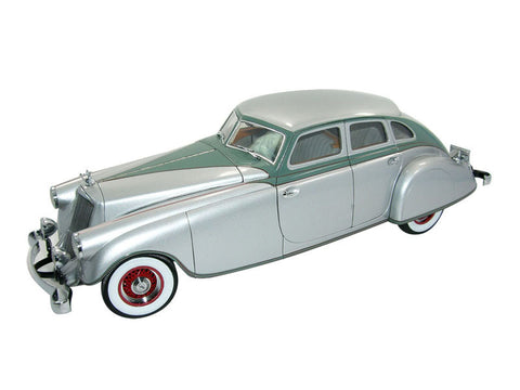 1933 Pierce Arrow Silver Arrow 1:18 Scale