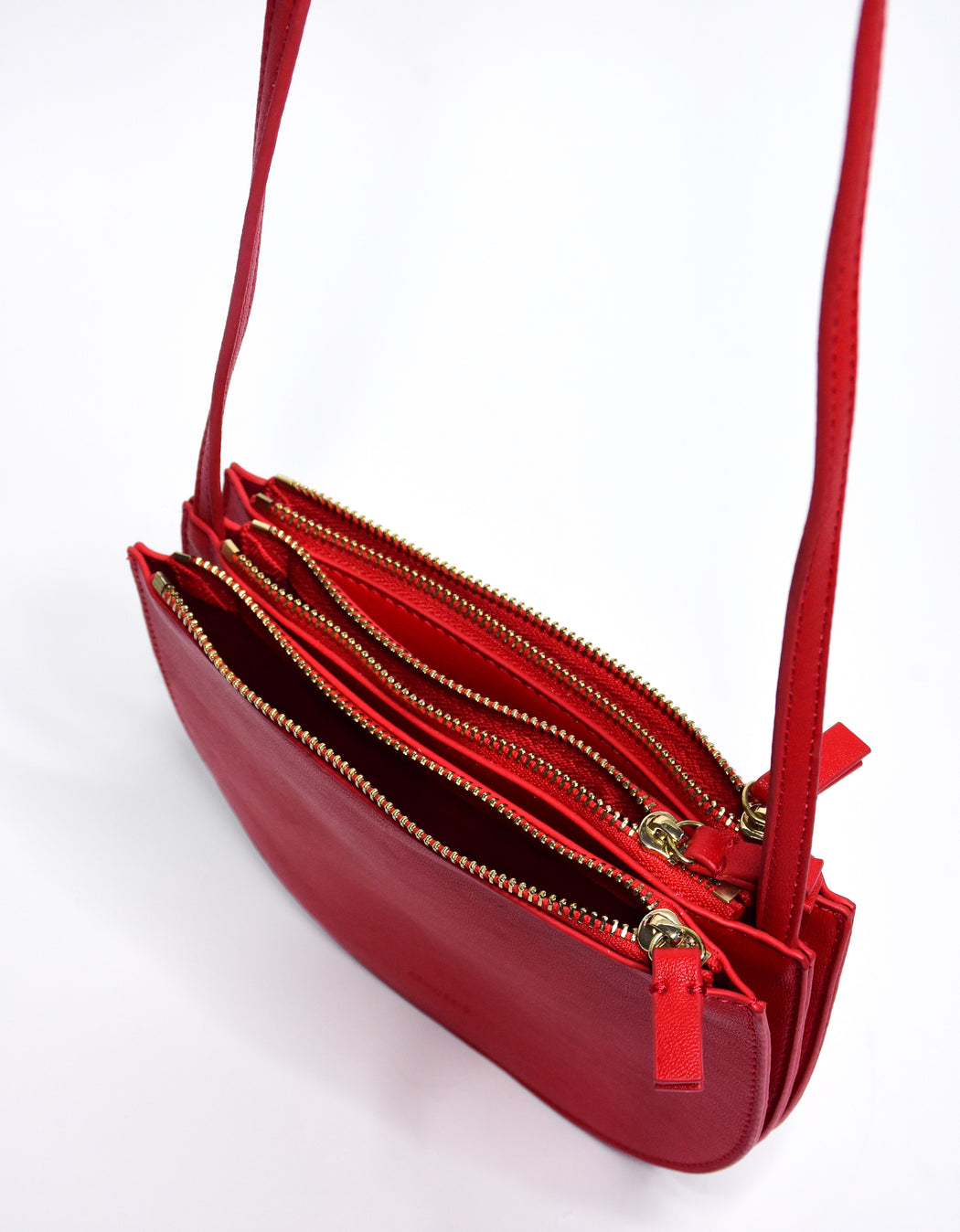 LENNON CROSSBODY LIP STICK RED