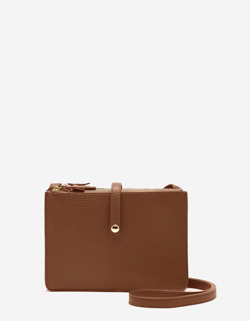 LOGAN TRIPLE GUSSET CROSSBODY CAMEL