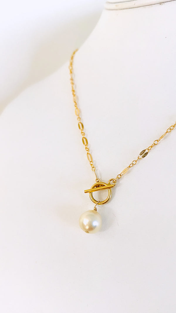 SOUTH SEA Pearl toggle necklace