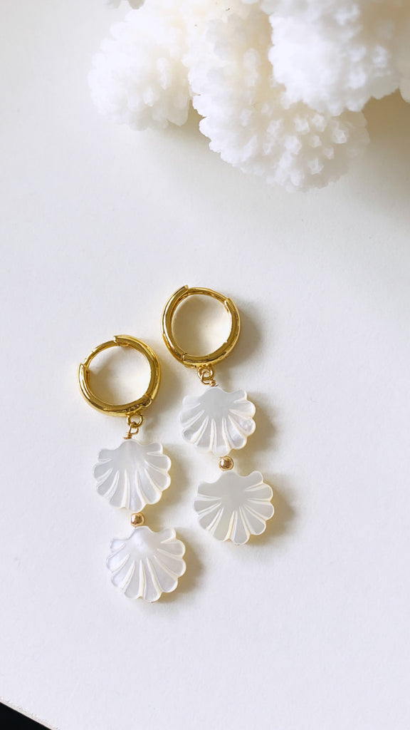 White shell huggy drop earrings