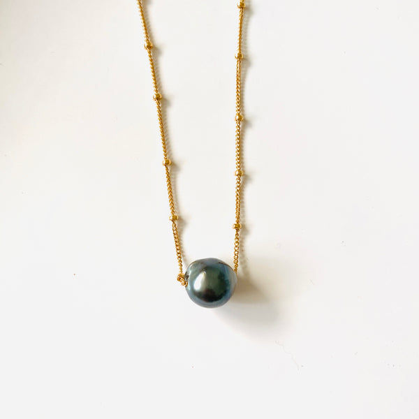 TAHITIAN Pearl beaded necklace