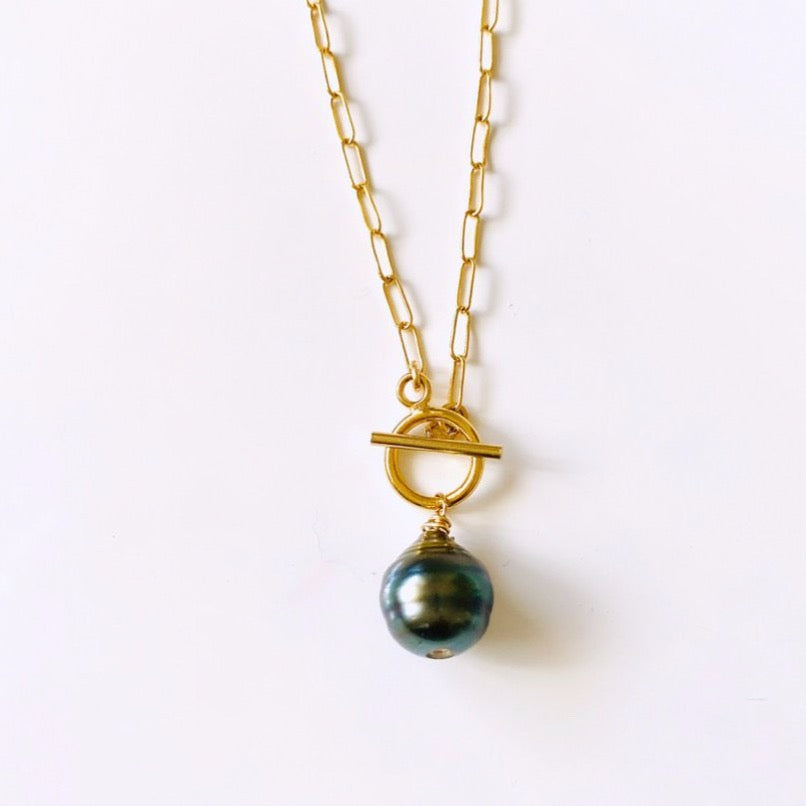 TAHITIAN Pearl Toggle Necklace