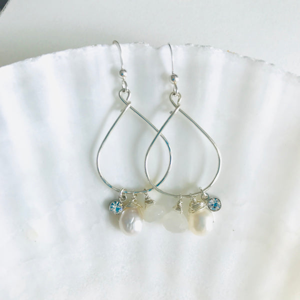 Silver MOMONA Hoop earrings Freshwater Pearl