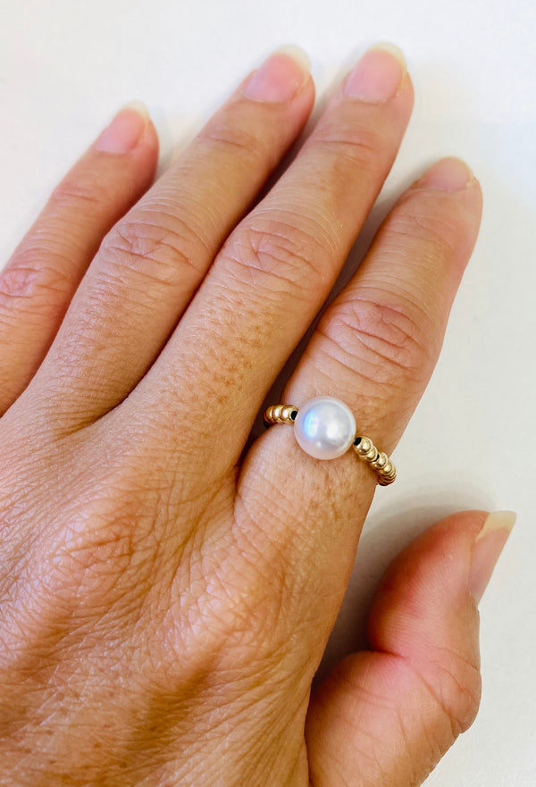 White Freshwater Pearl Stretch Ring