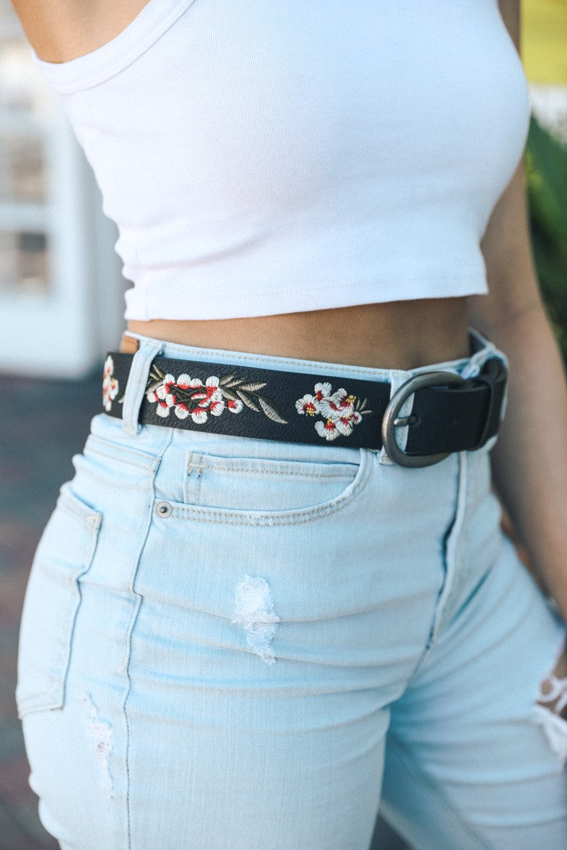 Hibiscus Embroidered Belt