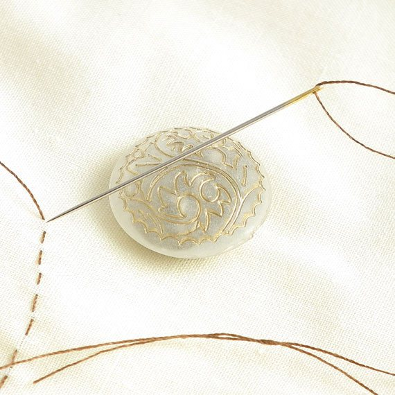 Gold Scroll on Off White Button Needle Minder - Plum Beadacious