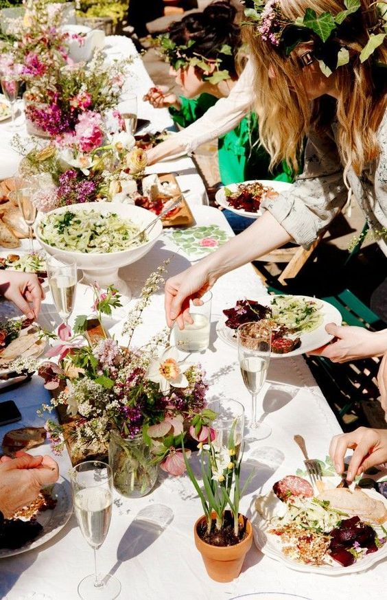 5 alternatives to sit-down dinners