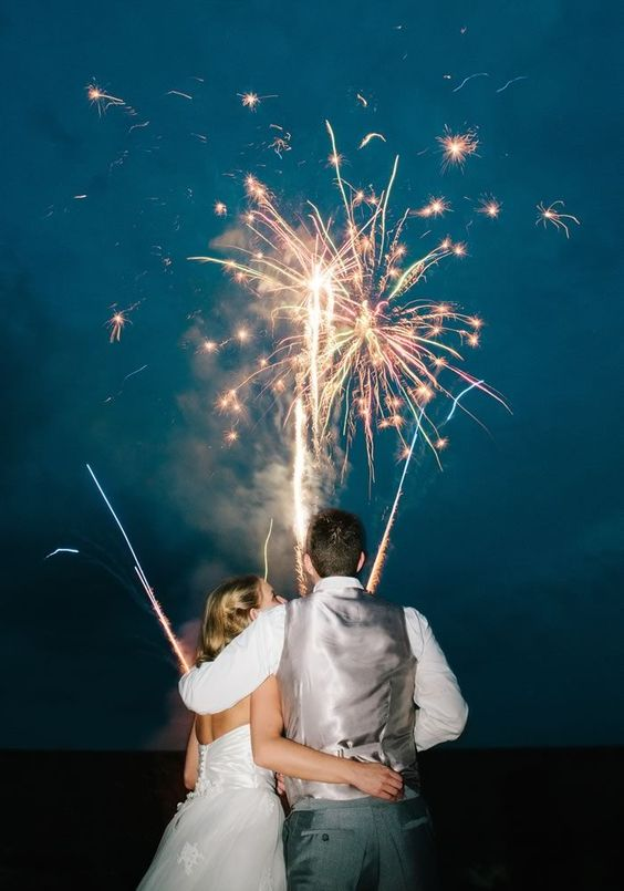 Vancouver fireworks wedding tips